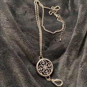 Jewelry - Stunning Diffuser Locket